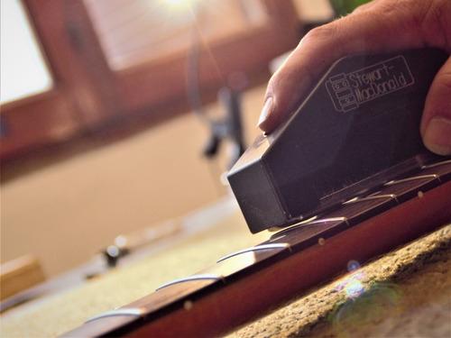 calibraciones puesta a punto y reparación  guitarras y bajos