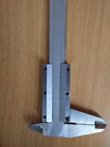 calibrador vernier toolcraft  6 pulgadas
