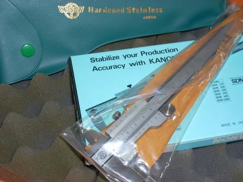 calibre kanon japon ( no mitutoyo ) 0,02 /con rueda pulgar