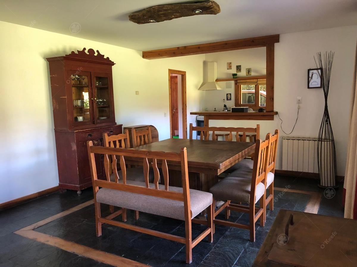 calida casa de 4 ambientes en arelauquen