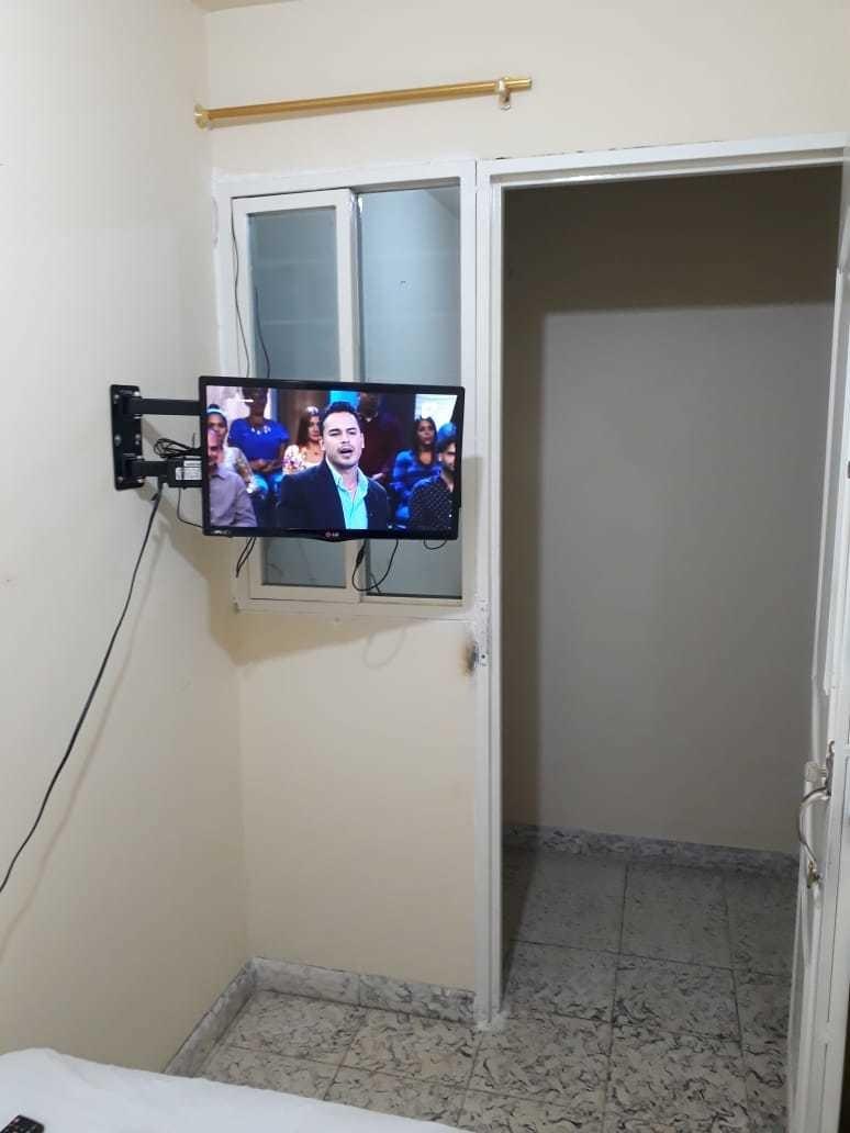 calipso habitacion cama tv 210mil