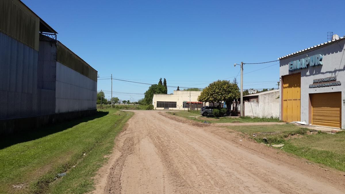 calle salta a 50 mts. rn 11 (zona ex fabrica trevisan hnos)