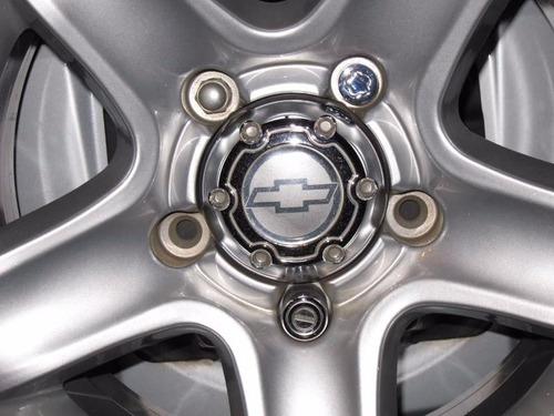 calota roda tracker 2009  - com emblema gm colado