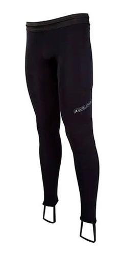calza larga para arquero con protecciones livianas reusch