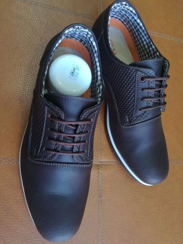 calzado casual en cuero graso suela en caucho