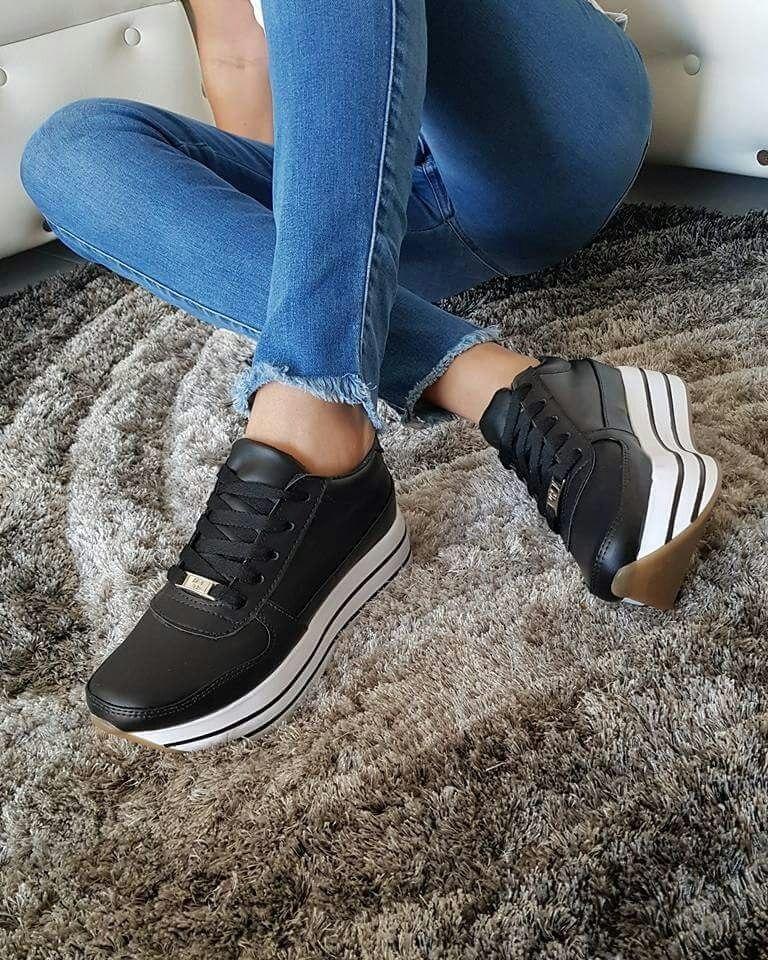 7632f2e2b11f6 calzado lindo dama tenis negros deportivos zapato moda mujer. Cargando zoom.