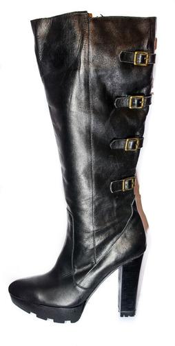 calzado lola roca , botas color suela , ultimos pares nuevos