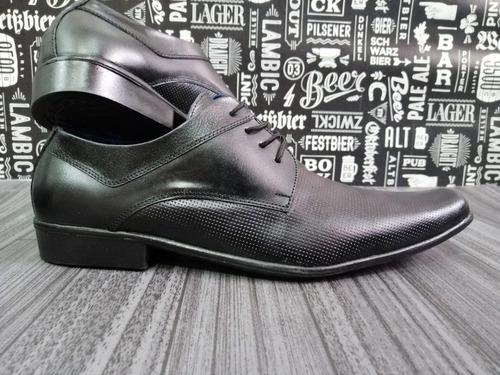 calzado para hombre formal elegante en cuero de alta calidad