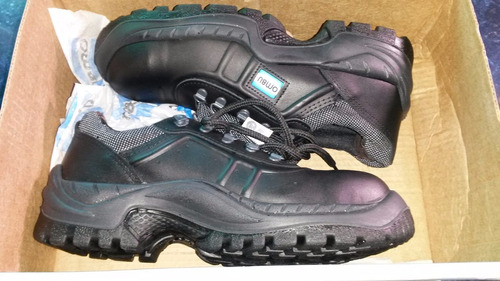 calzado seguridad y trabajo funcional ozono ombu con punta