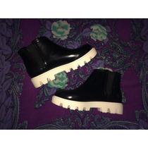 Bellos Botines Botas Zapatos Opposite Negros De Goma Agua