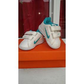 68c468621cef2 Zapatilla Outlet Nike Rivadavia - Artículos para Bebés en Mercado Libre  Argentina