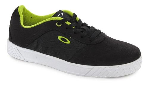 calzados marca oakley, modelo focus sulphur.