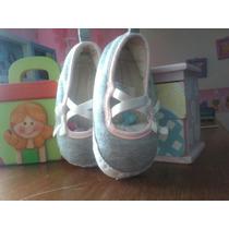 Zapatos Para Bebé Niña Carters. Talla 3