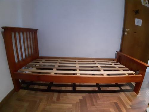 cama 1 plaza madera maciza.