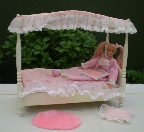 cama antiga da barbie estrela  com barbie dorminhoca inclusa
