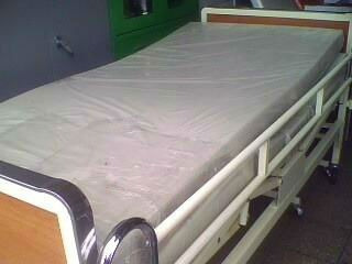 cama clinica de dos manivelas + colchon articulable ¡nuevos!