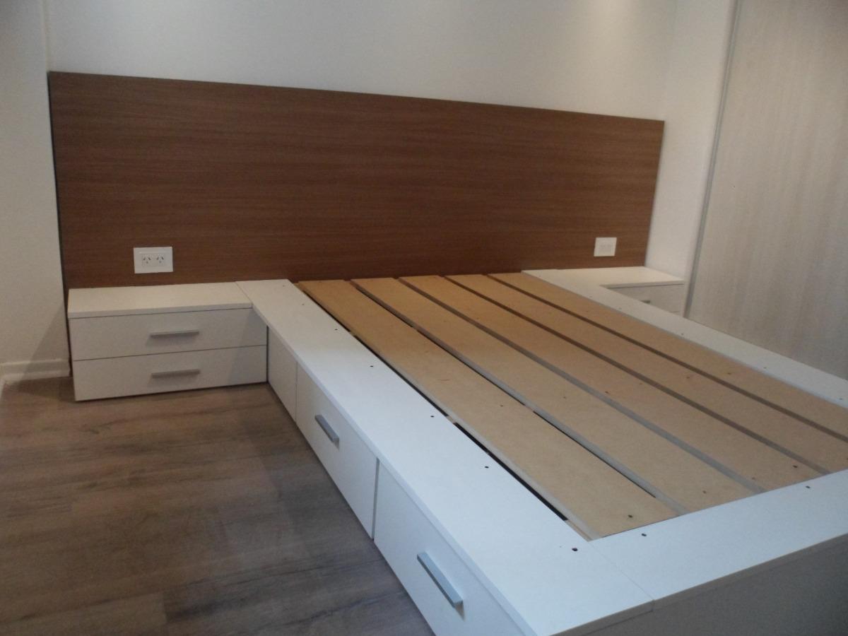Excelente Camas Matrimoniales Tamaño De La Plataforma Con Muebles De ...