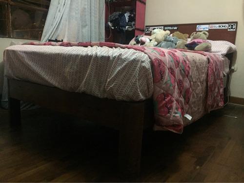 cama de 1 1/2 con tarima, respaldar y colchón colchon