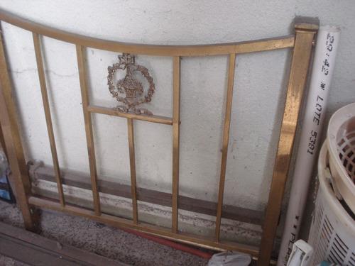 cama de bronce