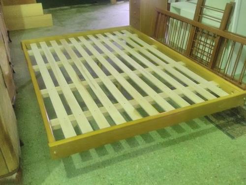 cama de dos plazas turca / otomana en madera maciza 6 patas