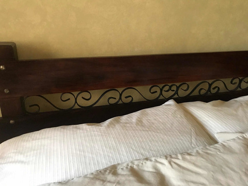cama de madera matrimonial usada