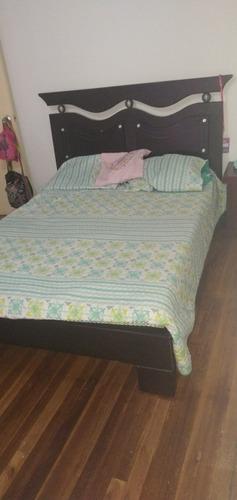 cama doble de segunda sin colchón en buen estado negociable