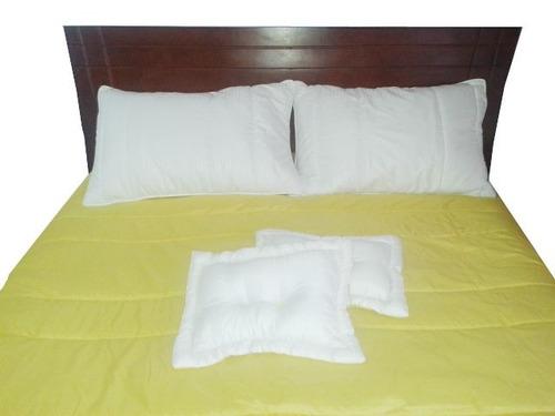 cama doble edredón alcoba