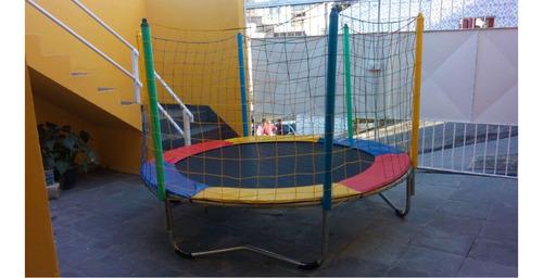 cama elástica pequena, piscina de bolinha, pula pula grande