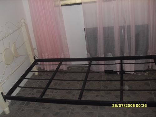cama individual madera hierro forjado
