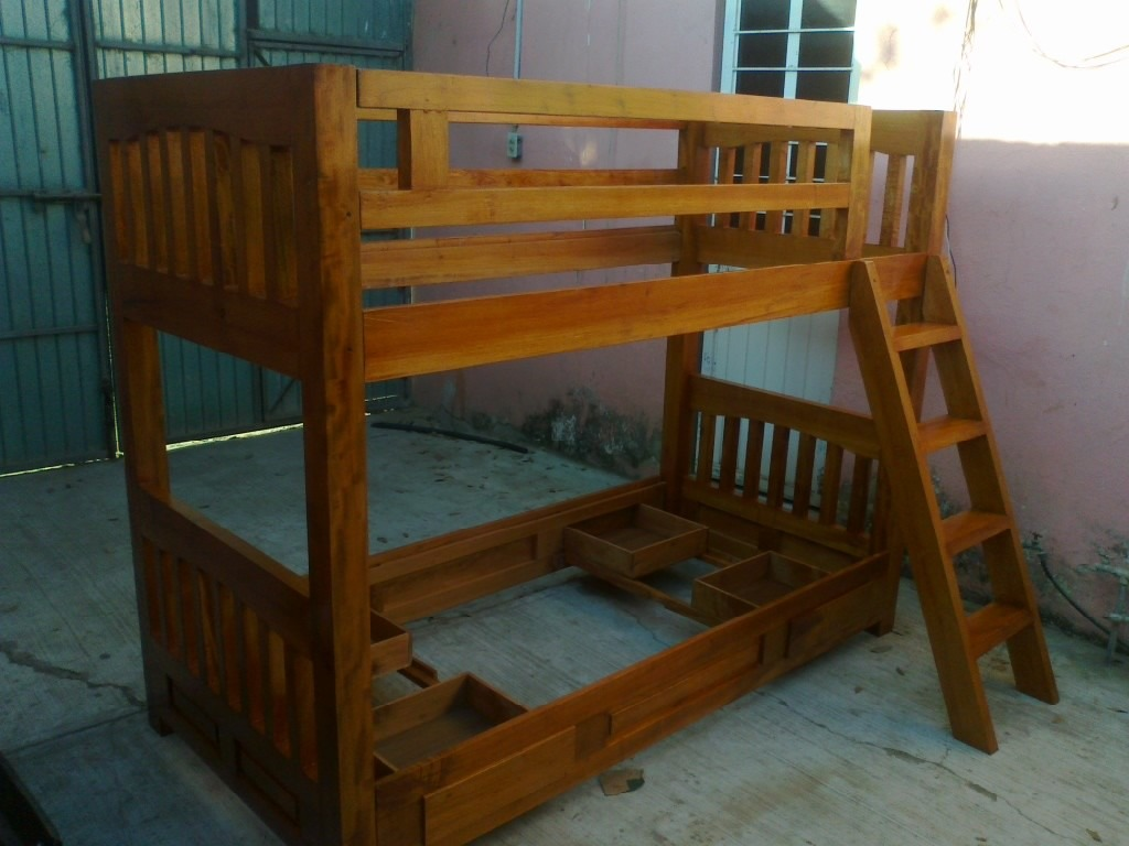 Cama litera de madera madera maciza de pino dobledoble for Cama litera