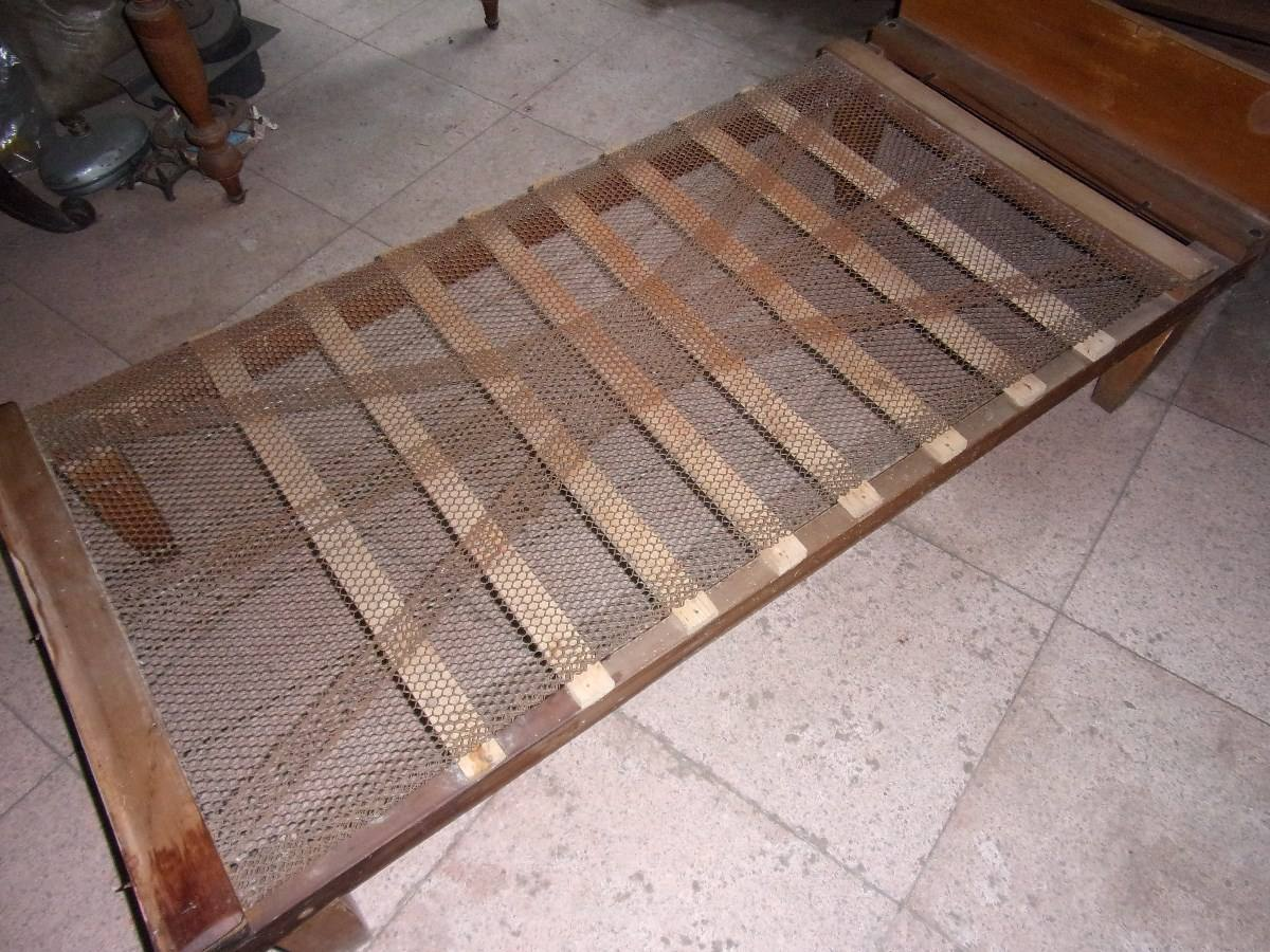 Cama de madera en pino de 1 plaza en mercado for Precio de cama de 1 plaza