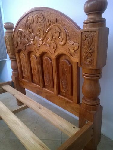 cama matrimonial en madera