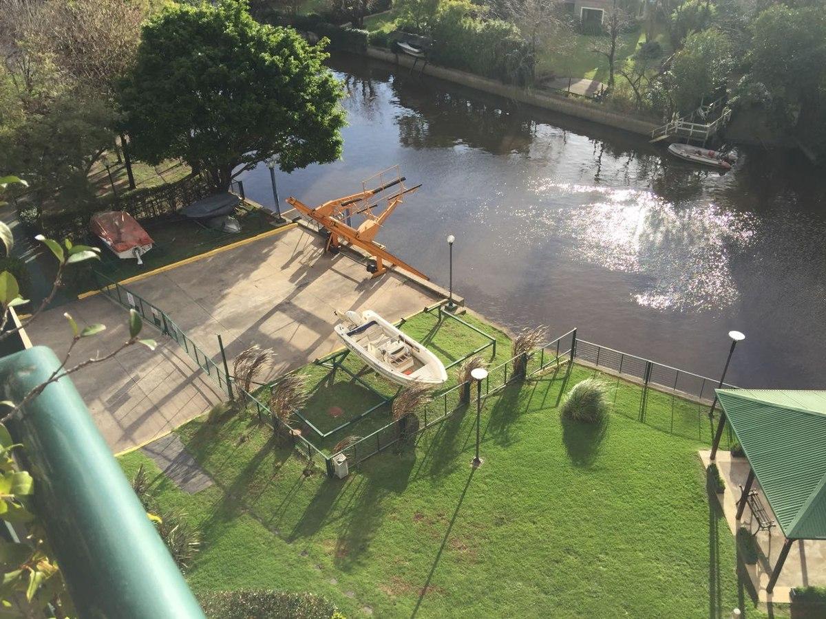 cama náutica en riverside con salida al rio tigre