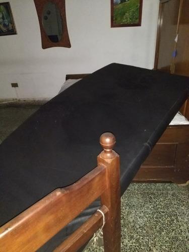 cama ortopédica de algarrobo regulable con barandas colchon