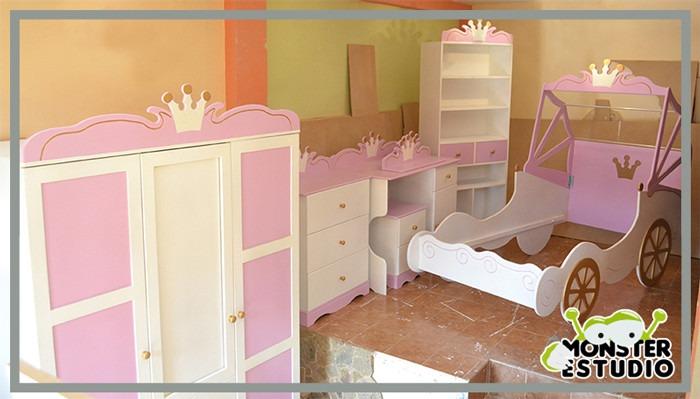 Cama para ni a carroza de princesa con mesa de noche bs for Camas individuales para ninas