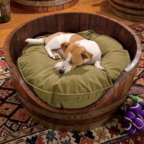 cama perro barricas roble