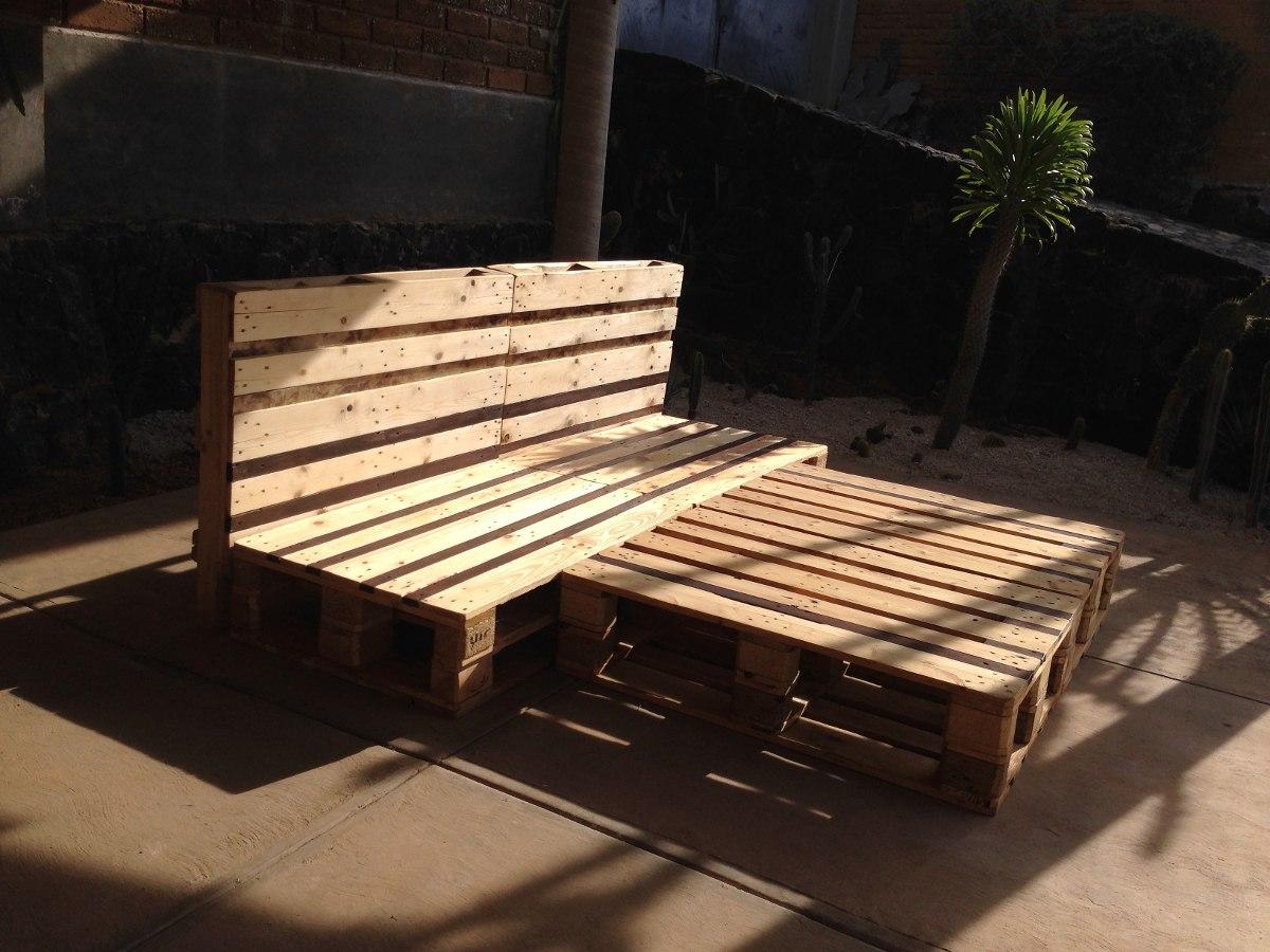 Cama queen size y matrimonial de madera reciclada for Medidas de cama matrimonial y queen size