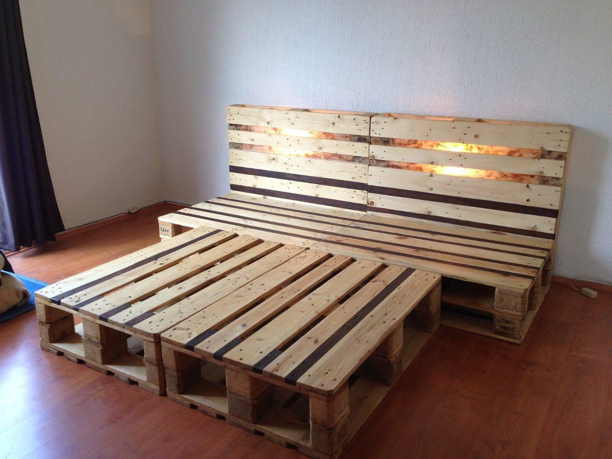 Cama queen size y matrimonial de madera reciclada for Base de cama hecha con tarimas