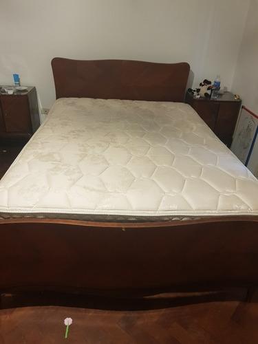 cama y colchón de 2 plazas