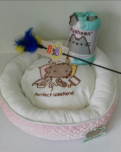 cama y frazada pusheen para gato  con juguete varita de regalo