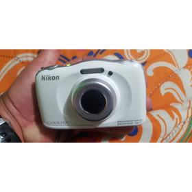 Cámara Acuática Nikon S33