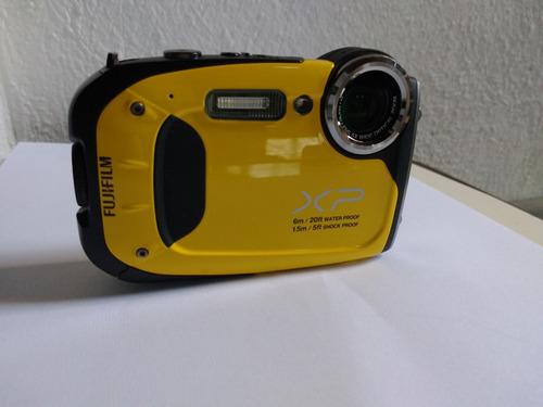 camara acuatica submarina fujifilm xp60 16mp zoom optico 5x