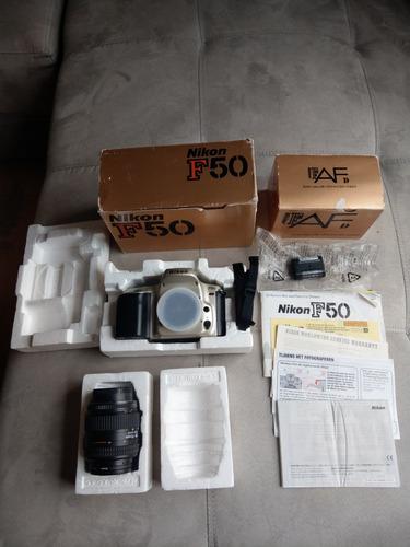 cámara análoga modelo f50 nikon para rollo de 35mm
