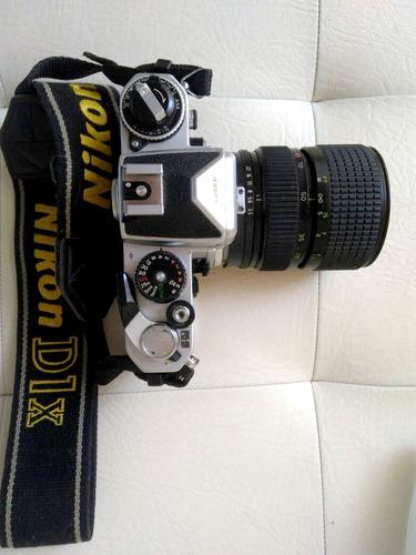 cámara análoga nikon fe + objetivo 28-85mm