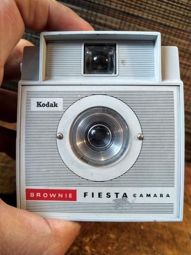 cámara antigua kodak brownie fiesta art deco