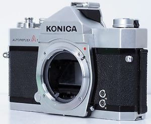 cámara antigua konica a (1966) autoreflex 35 mm cuerpo solo