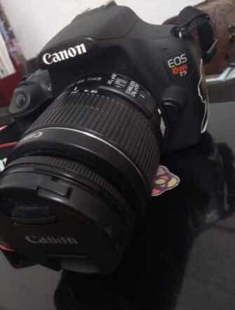 camara canon eos t5