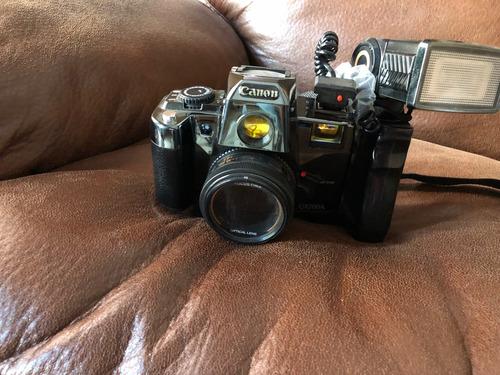 camara canon q8200a vintage de colección ambientación retro