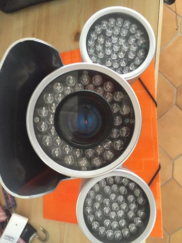 camara de 116 leds para exteriores con zoom