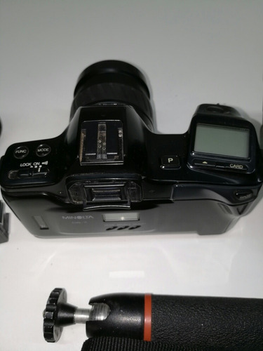 camara de fotos minolta 7000i - rollo y tarjeta de memoria